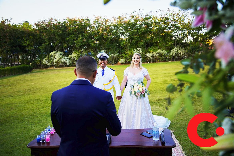 Nova tendência de casamento on-line à dois é criada por Castelo dos Vinhais em Vinhedo